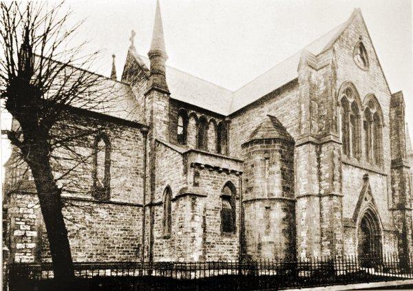 holytrin-1898
