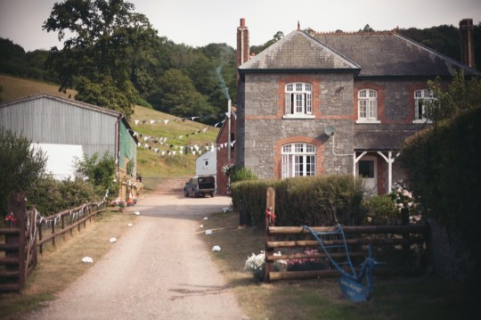 sam_georgina_wedding_venue_devon-540x359