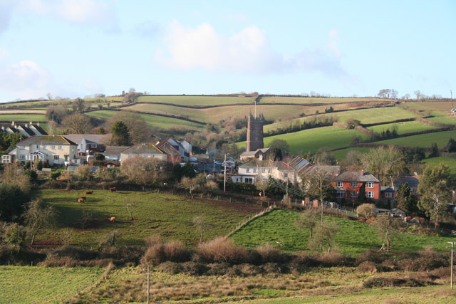 Bradninch,_the_village_from_the_east_-_geograph.org.uk_-_104155